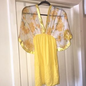 Katie yellow and floral dress size small